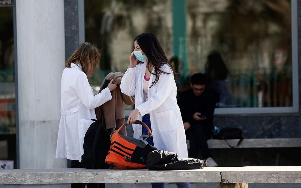 Τρία τα κρούσματα του κορωνοϊού στην Ελλάδα - Πρώτο στην Αθήνα
