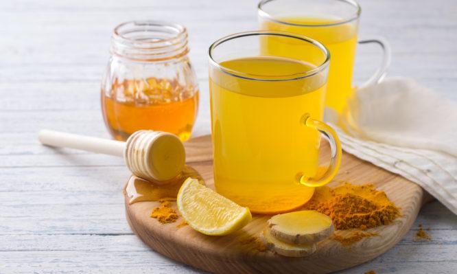 Κουρκούμη και μέλι: Γιατί το λένε «χρυσό μέλι» – Τι προσφέρει, πώς φτιάχνεται! (ΒΙΝΤΕΟ)